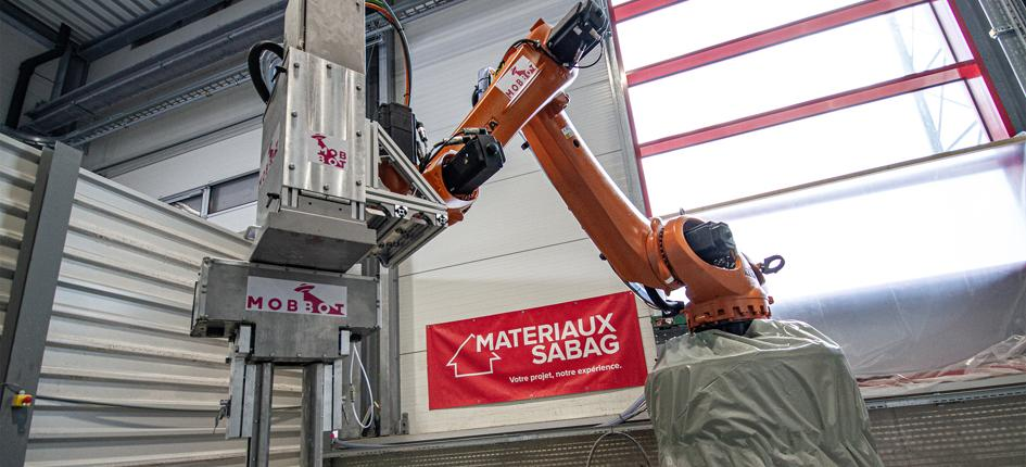 Robot that allows the construction of three-dimensional concrete structures.