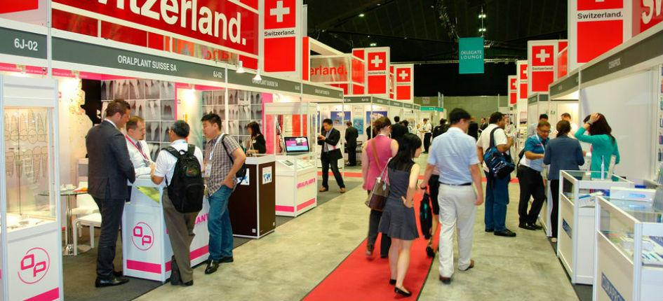 At trade fairs in Japan, brochures are collected and business cards are exchanged