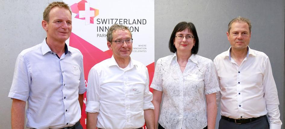 Benno Rechsteiner, CEO innovAARE AG, Urs Hofmann, Head of the Department of Economics and Internal Affairs of the Canton of Aargau, Maria PARK INNOVAAREGumann, Chairwoman of the Executive Board of CPV/CAP Pensionskasse Coop, Remo Luetolf, Chairman of the Board of Directors of innovAARE AG