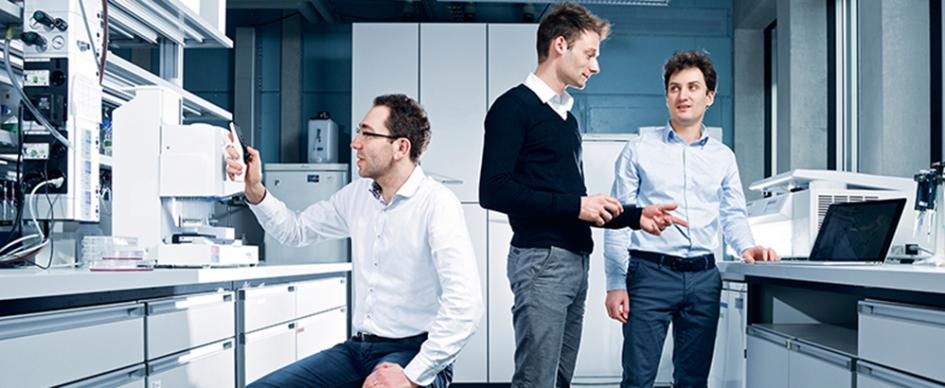 The three founders of InterAx Biotech Martin Ostermaier, Luca Zenone and Aurélien Rizk (from left to right) convinced investors with their platform. Image Credit: Paul Scherrer Institute