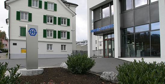 Huber+Suhner has modernised its production site in Herisau. (Bild: Huber+Suhner)