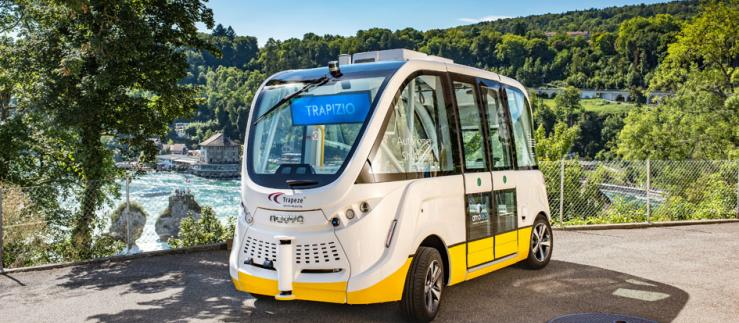 Trapizio-Shuttle am Rheinfall.