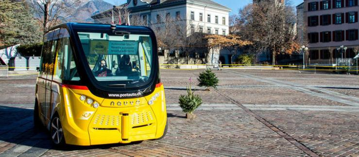 Smart vehicle in Sion's old town
