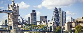 London as one of the economic hubs in the UK