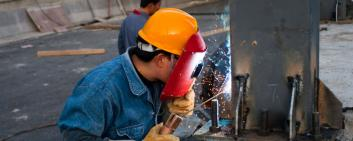 A Chinese welder at work.